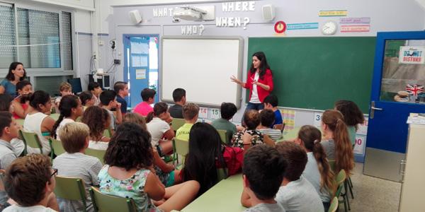 Els autors al aules